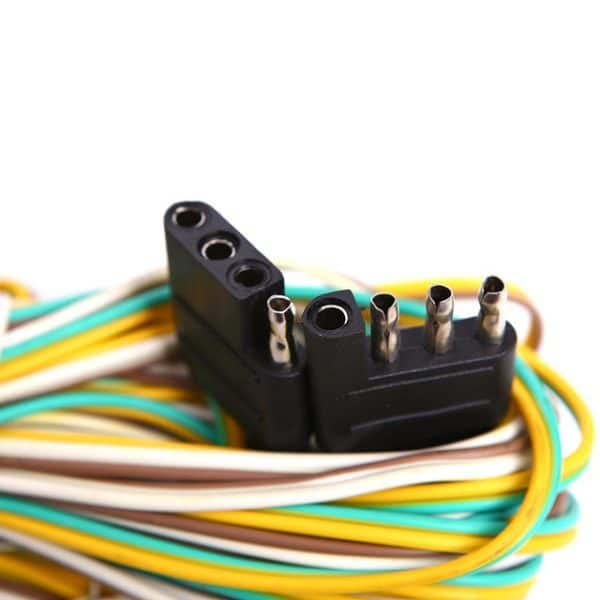 The 4-pin wiring connects the turn signals, taillights and brake lights.